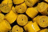LK Baits Kukuřičné pelety - 20mm 1kg