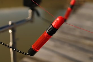 Fox Indicator Black Label Slik Bobbin